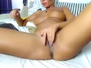 Webcam sexy babe JASMINEE69