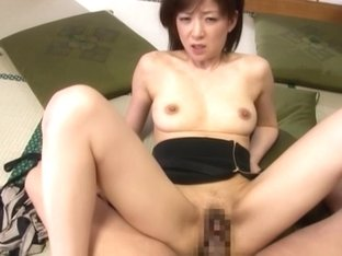 Ai Komori hot mature Asian babe is an amateur in hardcore 69