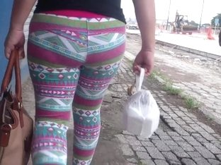 Dolores Arrechinga Tronco de culo Leggins Hippies rosas