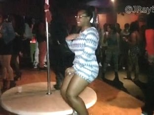 Booty Twerkin Club Chicks -= JRay513 =-