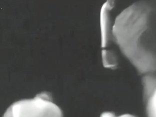 Sexy brunette chick reveals nice ass on spy camera