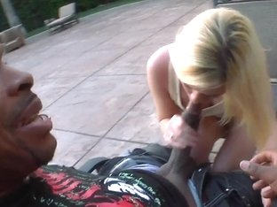 Petite pale whore Yasmine Gold takes on black knob
