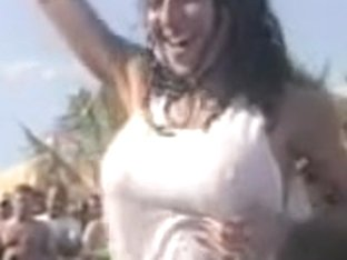 Sexy girl dancing and baring off her tits in the crowd