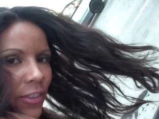 Brunette bitch doing mouthjob on a public parking lot