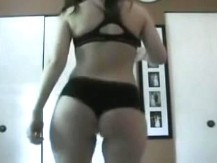 PAWG Shaking booty