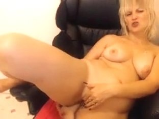 divineblond amateur record on 07/09/15 04:28 from Chaturbate
