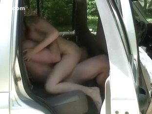 Giving the gf a loud moaning orgasm on the backseat of the car