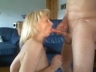 German aged anal slut takes freak shlong