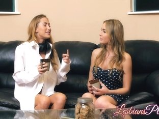 Hot Blair Williams and Carter Cruise enjoying lesbian time