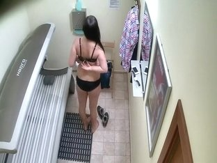 Hidden cam caught a girl in a solarium