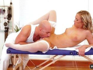 Sensual Vienna Reed Takes A Big Dick