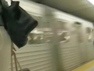 Walking gorgeous ass on hidden camera in subway