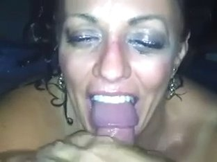 Mature slut banged in the face