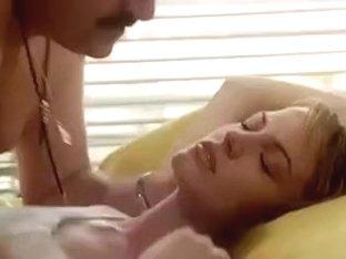 La ragazza dal pigiama giallo 1977 (Threesome erotic scene)