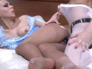 NylonFeetVideos Video: Madeleine and Virginia