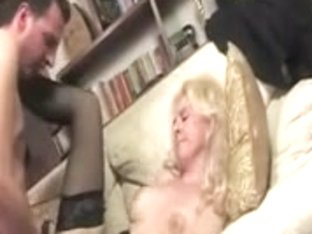 married milf gets a hot facial after a deep blowjob
