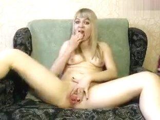AntuanandLola: blonde fist fucks her pussy