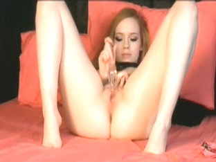 See me as I am dildoing