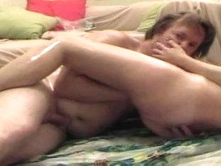 shiny slut likes being fist-fucked