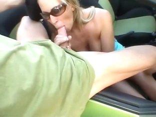 Hardcore sex in a field with my beautiful girlfriend