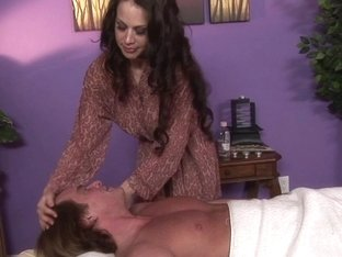 Massage-Parlor: I like them big