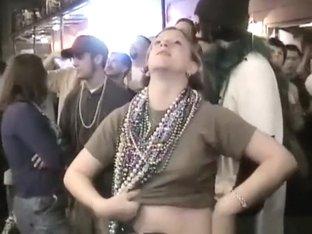 Exhibitionist women flashing their boobs