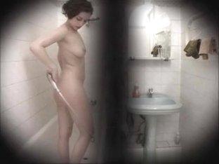 linda-voyeur-02_R.wmv
