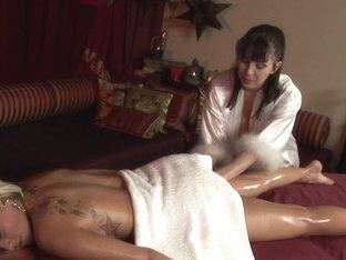 Massage-Parlor: My First Massage