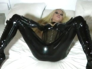 Latex Model XI