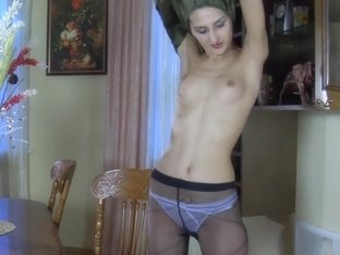 EPantyhoseLand Video: Cora