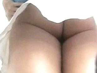 Hidden voyeur camera recorded tasty ass in jeans