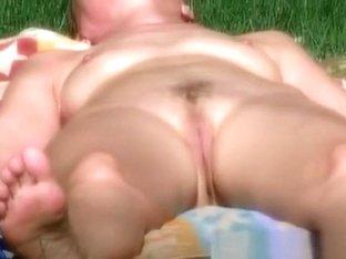 nude neighbour