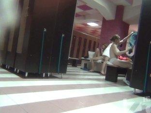I recorded some pretty girls on my hidden camera