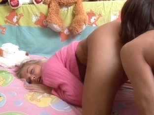 Hot amateur girl fucked with the lollipop and stiff piston