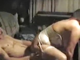 Homemade sex tape featuring hardcore pole riding