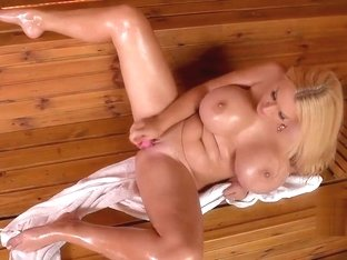 Dolly Fox - Fulfilling Sauna Moments [HD]
