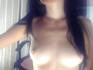 Sexysuchkaxxx hard fucks herself
