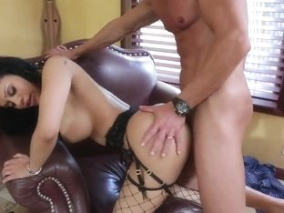 Dark haired girl is being fucked by Marco Banderas