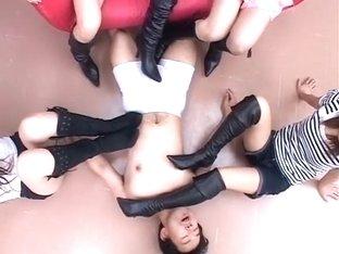 Murase Yuuka, Fuyuno Mizuki, Ao Sakisenna, Ai Tayunaru in 2 Black Boots