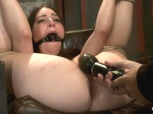 Tiny 5'0 100lb girl in the ultimate fuck me position. Orgasm overload to the max! Massive squirtin.