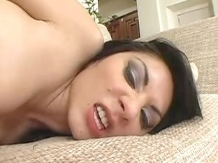 Roxy Jezel Shows Off Her Lack of Gag Reflex To Justin Magnum