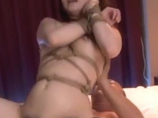Horny Japanese milf gets tied for the ride