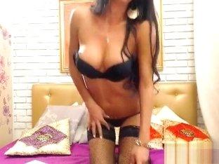 Jasminwow showed her tits