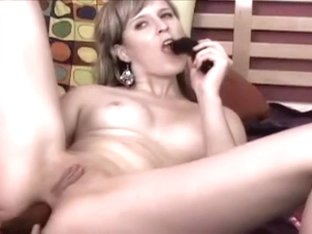 Fucking my fanny with a fat dildo