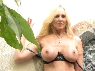 Exotic pornstar Julia Ann in horny blonde, facial xxx movie