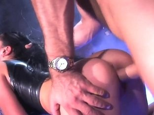 Curvy pornstar Audrey Bitoni gets nailed hard