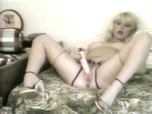 Blonde Superstar Danielle