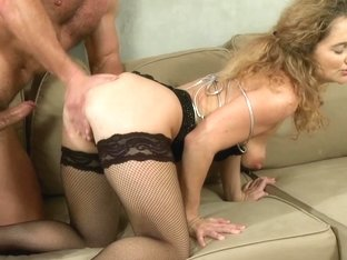 Mom xxx: Horny housewife wants to fuck