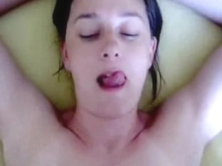 Homemade oral sex video with a massive facial cumshot