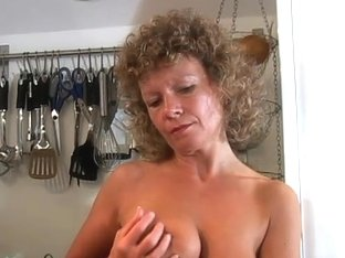 Video from AuntJudys: Susan
